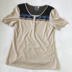 BKE beige T shirt with black mesh & Aztec details